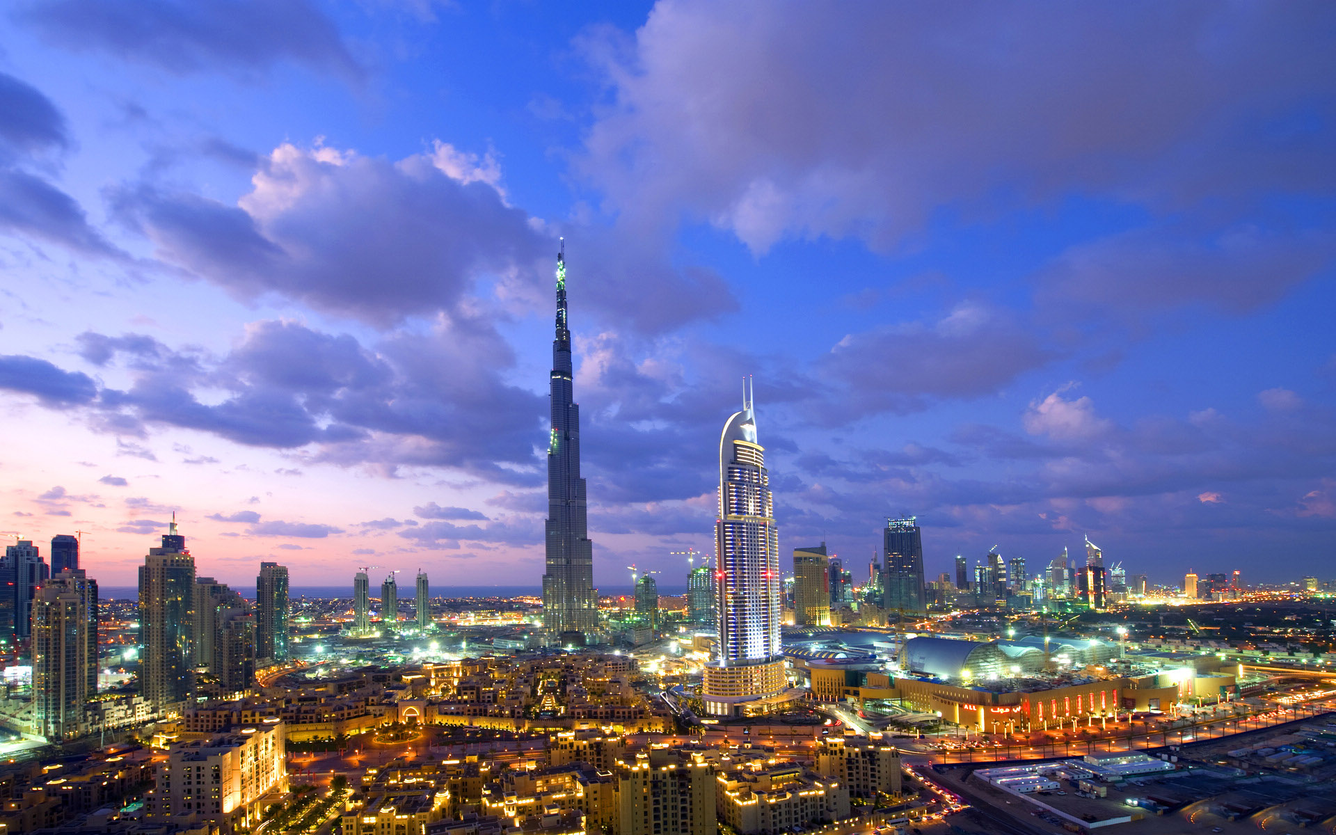 网上奇葩(297)迪拜的神话:达芬奇旋转塔