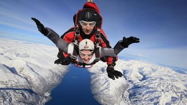 【新西兰必玩项目】皇后镇高空双人跳伞体验(9000/12000/15000英尺可选)