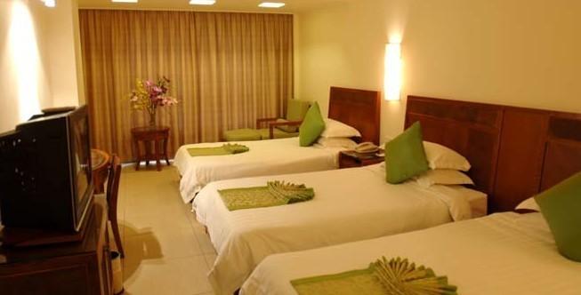三亚酒店|三亚大东海城市运通酒店|豪华三人间